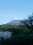 白煙たなびく浅間山